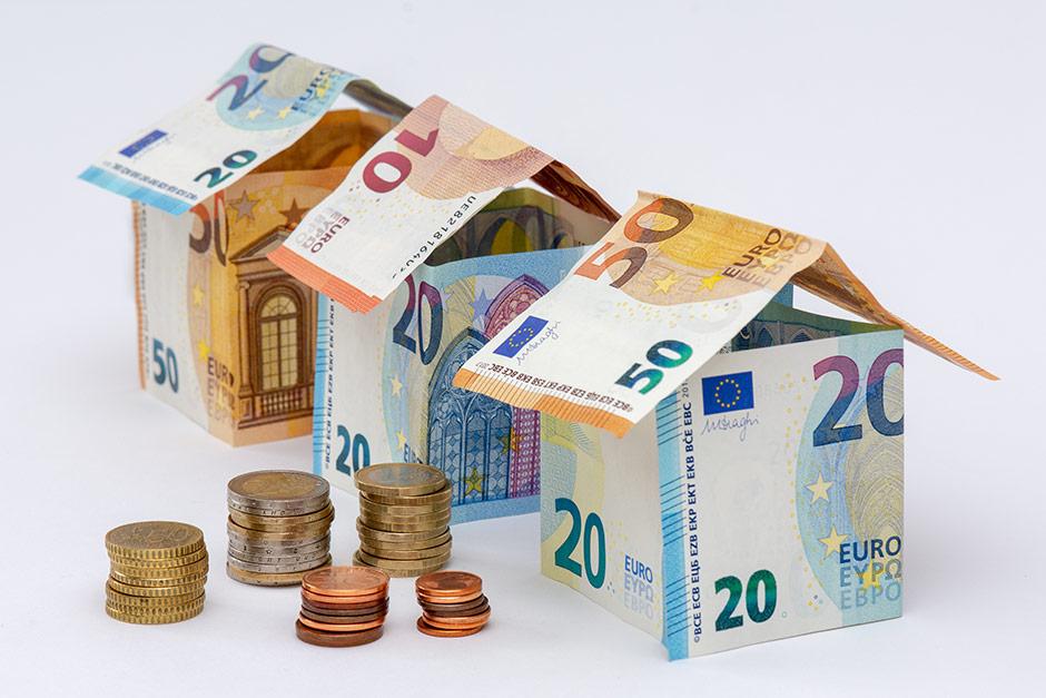 Pankkien kilpailutus varmisti asiakkaallemme edullisemman lainan kiinteistön remontointiin.