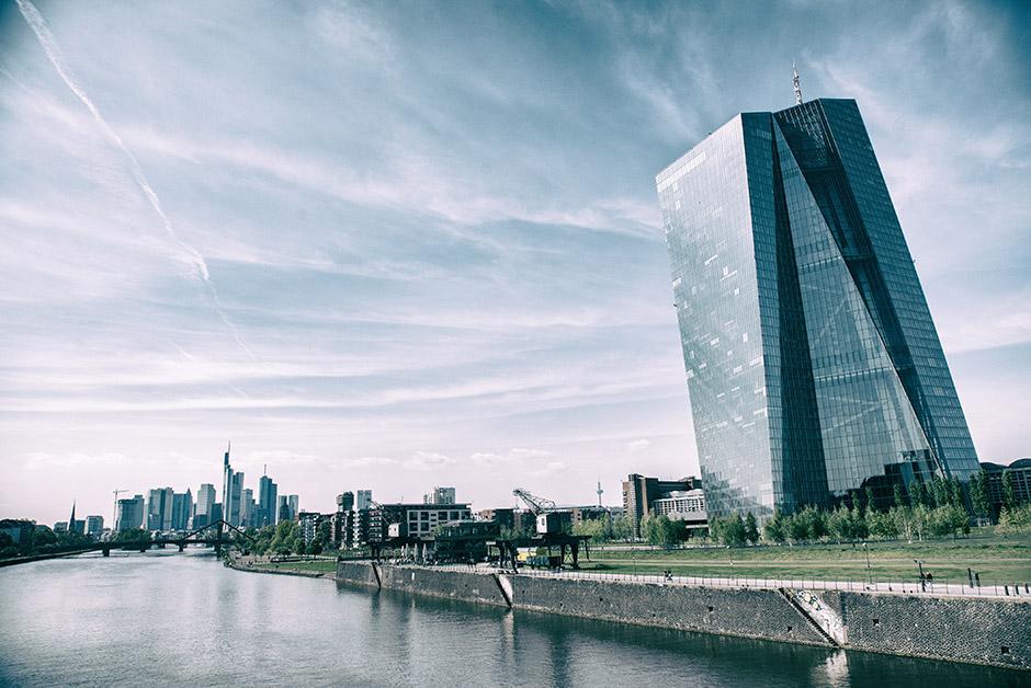 Euroopan Keskuspankki Frankfurtissa ohjailee rahoitusmarkkinat toivomaansa suuntaan Suomessakin.