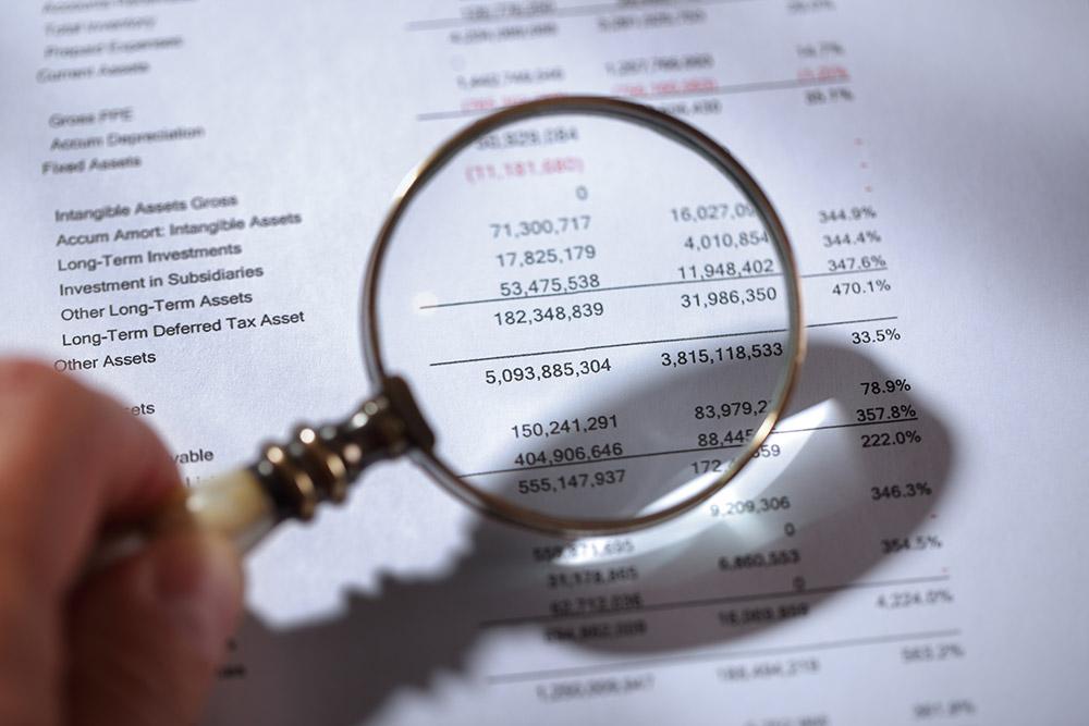 Tilinpäätösanalyysi on merkittävä osa rahoitussuunnitelmaa.
