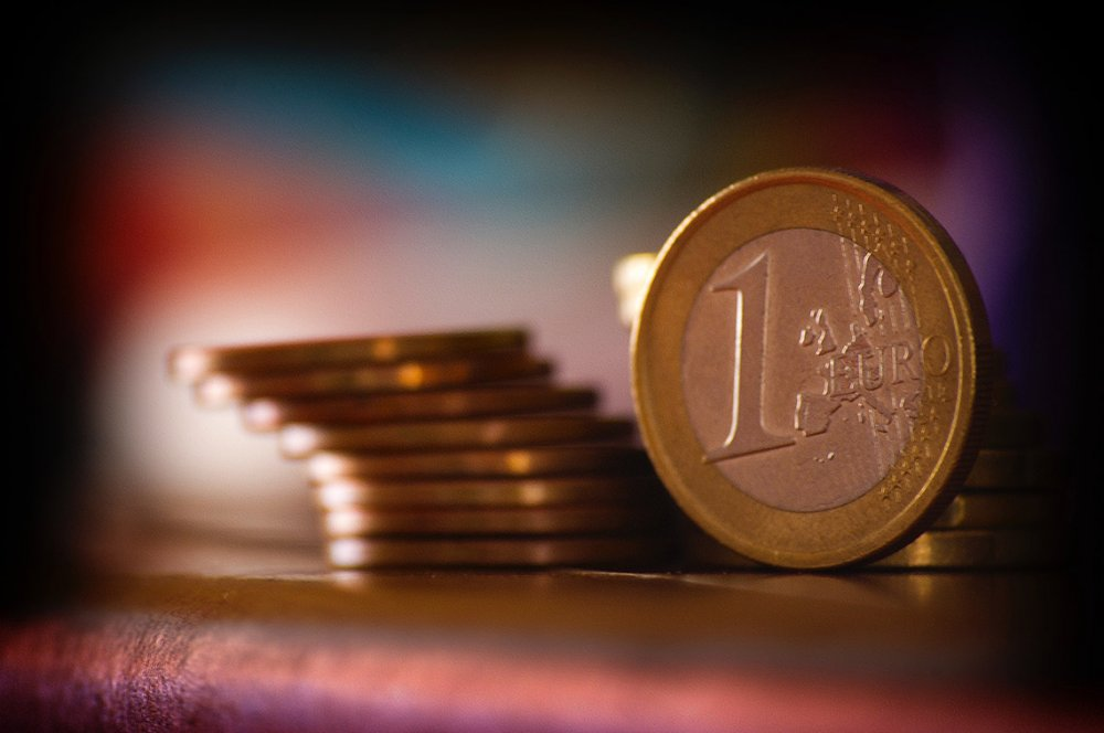 Asiantuntevat rahoituspalvelut pitävät rahoituspaketin kulut kurissa.